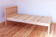 アレンジオーダー杉のシングルベッド製作実例