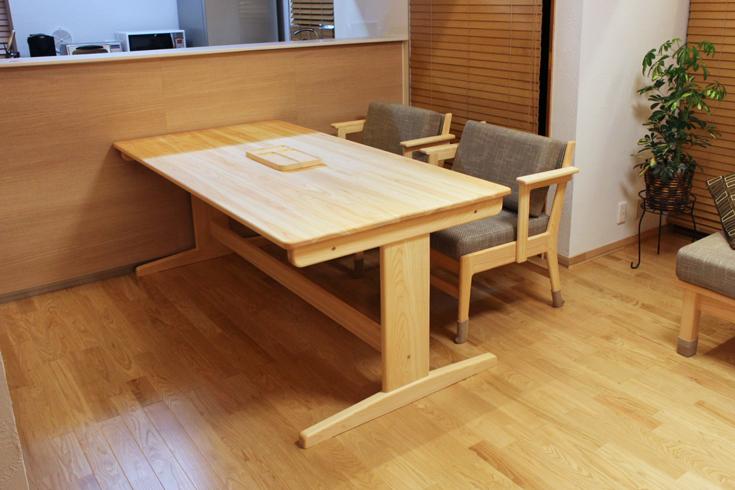 ヒノキベンチテーブル幅180cmお客様使用例