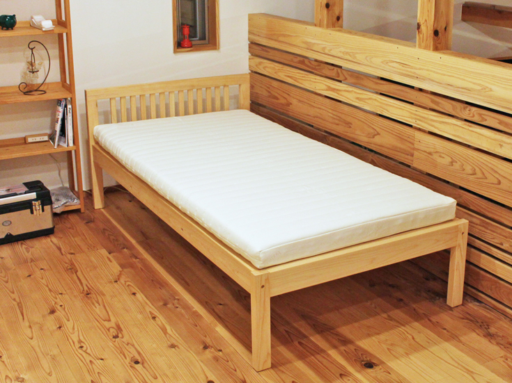 檜フラットシングルベッドとラテックスレギュラーマット
