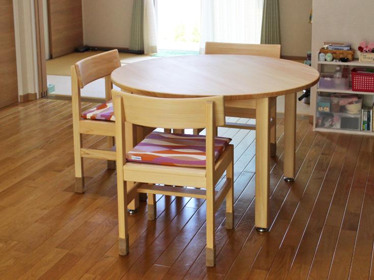 まるいダイニングテーブル[110/70]お客様使用例