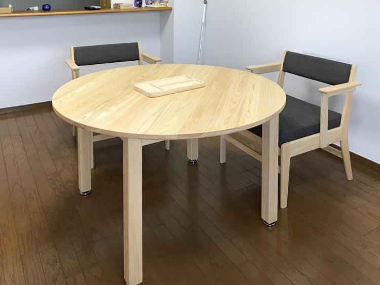 まるいダイニングテーブル[120/70]お客様使用例