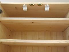 耐震ラッチ付食器収納