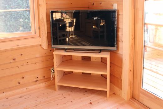 ひのきコーナーテレビボード製作実例