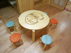 サイズオーダーキッズ丸テーブル製作実例