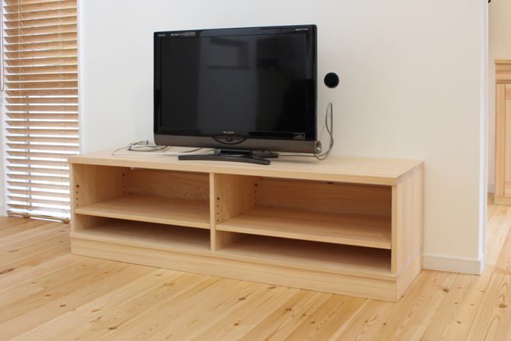 ヒノキテレビボード幅150cmお客様使用例